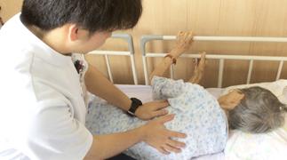 central_rehabilitation_visit_head.jpg