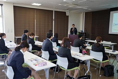 new_employee_b05_400px.jpg