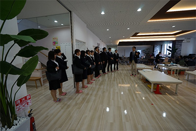 new_employee_b10_400px.jpg