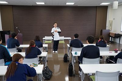 new_employee_d01_400px.jpg